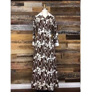 Dresses & Skirts - Vintage 1970s cotton floral maxi dress